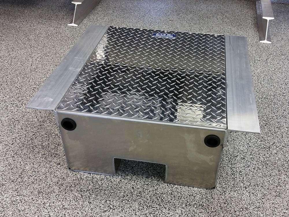 1800-battery-box-03
