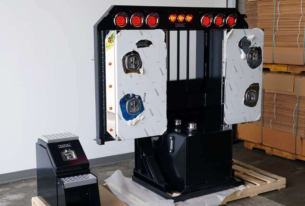 PRODUCT TOUR: Black Flat Headache Rack with LED Light Bar, Side Cabinets, and 50 GAL Hydraulic Tank