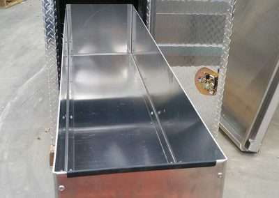 cross-box-pull-out-drawers-01