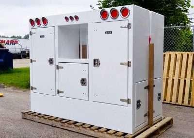 custom-enclosed-headache-rack-white-01