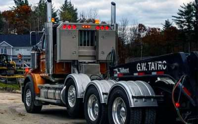 5 Flat Semi Truck Headache Rack Designs You'll Want For Your Truck