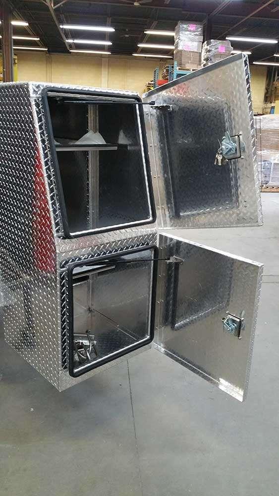 aluminum-bpack-interior-03