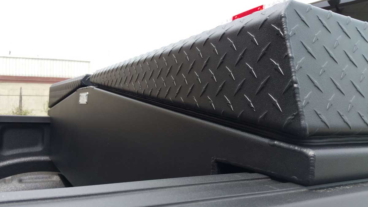 gullwing-truck-toolbox-02