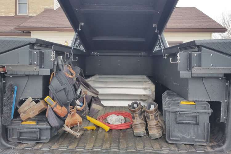 low-side-truck-pack-storage-space