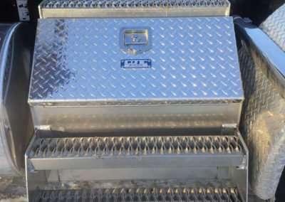semi-truck-step-box-08